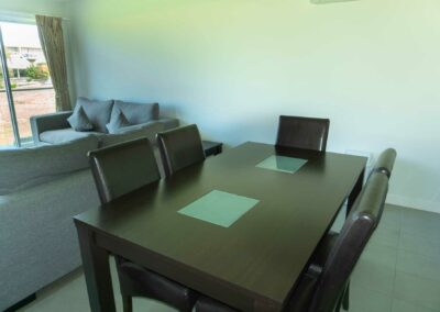 3.-dining-area